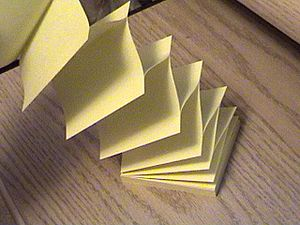 rp_300px-Post-it.jpg